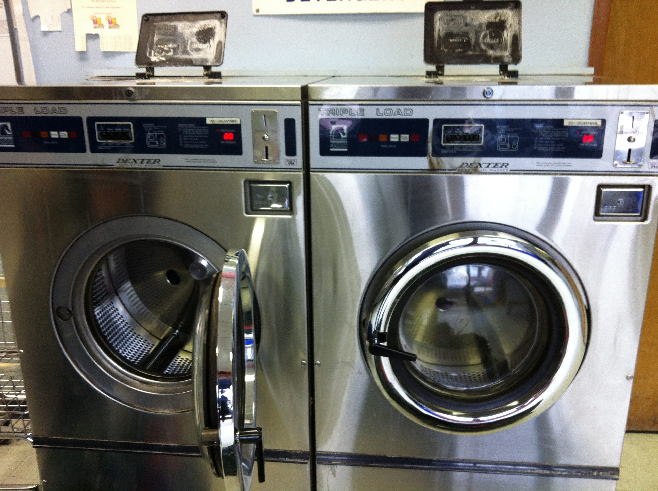 Coin Washing Machine >> Day 190 Of 365 R R Coin Laundry 365 Things To Do In Orangeville On