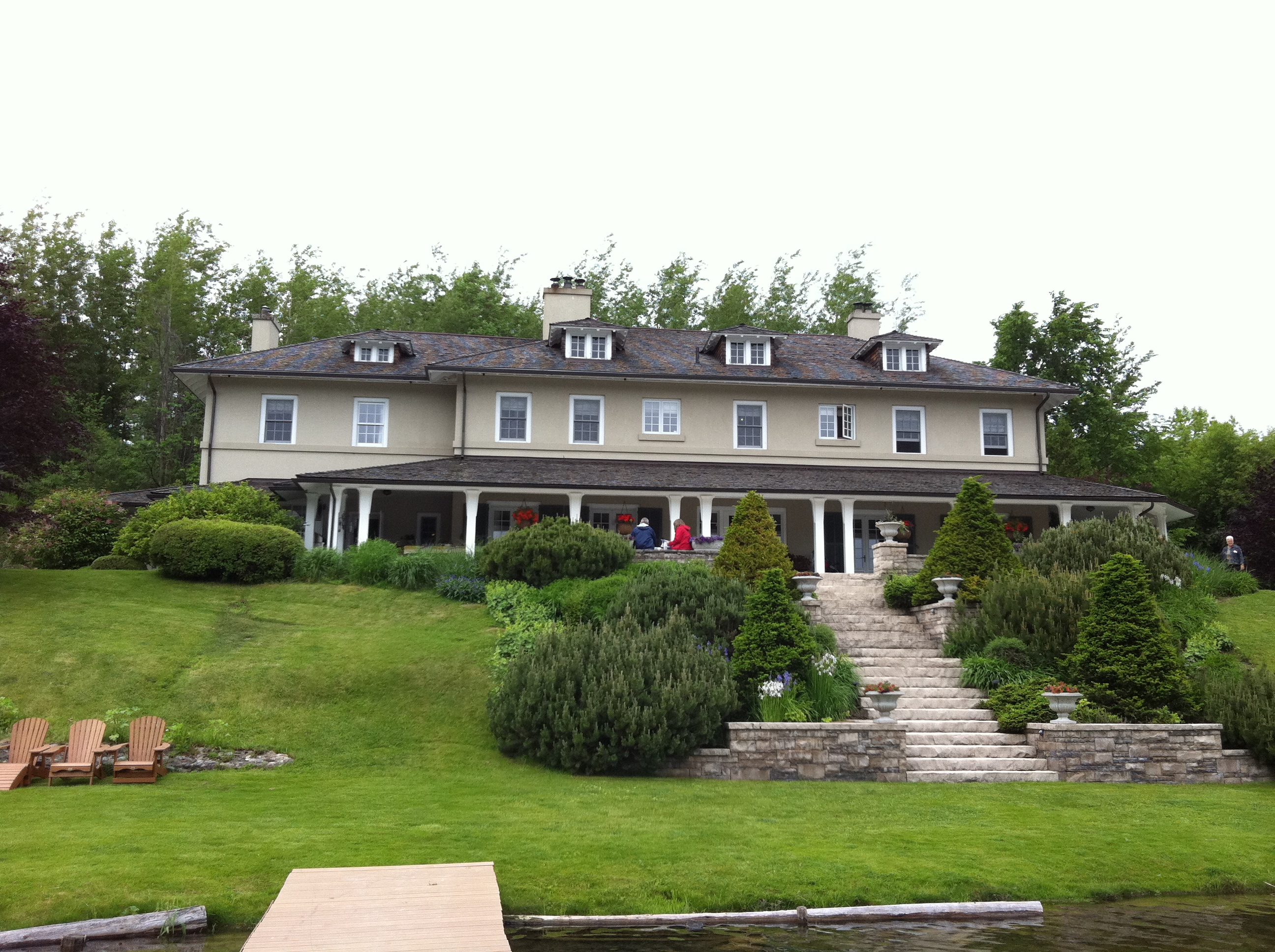 5 Reasons To Attend The Shelburne Holiday Home Tour