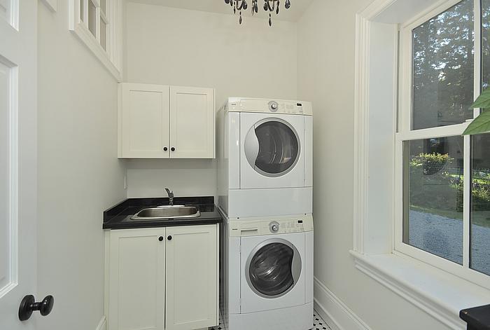 laundryroom_700-2